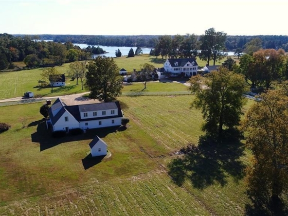 Gloucester Virginia historic homes for sale 15