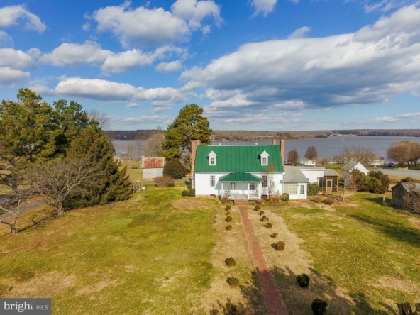 Louisa Virginia historic homes for sale 5