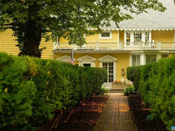 Louisa Virginia historic homes for sale 9